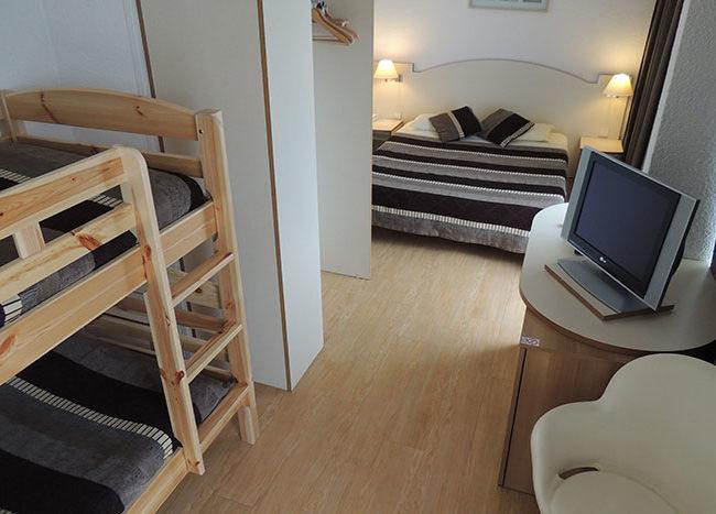 chambre avec lit superpose